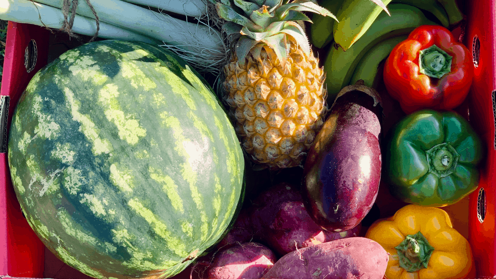 Eating more fruit and veg can help you burn more belly fat and keep it off.